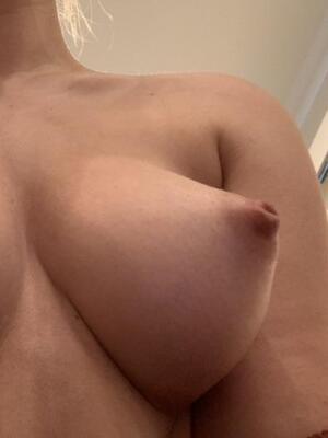Free Natural Tits Pics