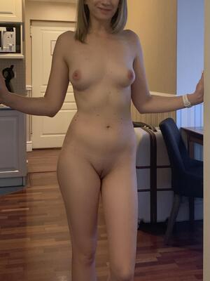 Free Frontal Nude Galleries