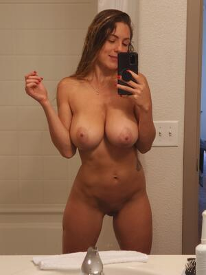 Free Busty Galleries