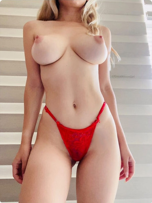18 yo. First time posting nudes online! Let me know how I did