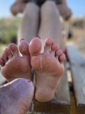First time sharing footjob here