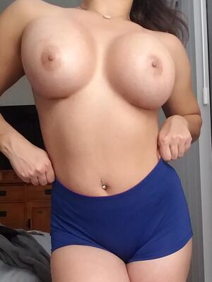 Free Fake Tits Pics