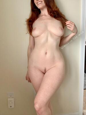 It's the weekend, which means I am back with more nude pics of my mom bod