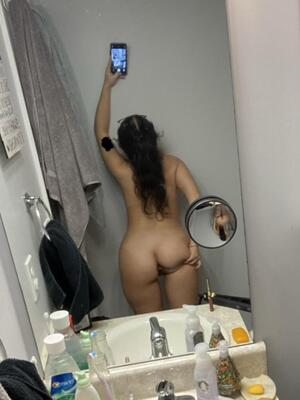 Free Bathroom Pics