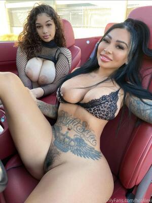 arab girls in car