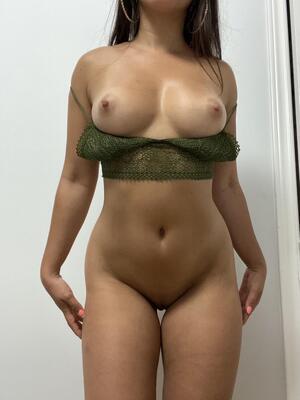 Free Latina Pics