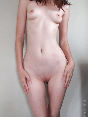 Frontal Nude Slim Teen