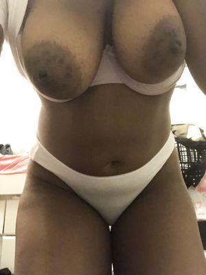 Flash Black Saggy Tits