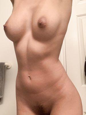 19 yo. Posting here is so fun!