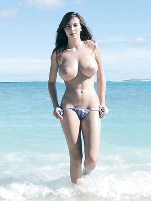 Free Beach Tits Pics