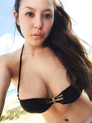 Busty, Natural, gf, posing, tit, Nipple