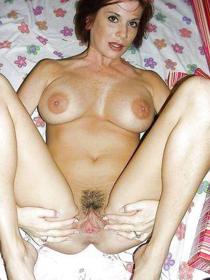 Spreading, open legs, posing, pussy